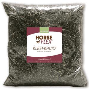 Kleefkruid voor paarden in een zak